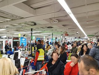 Grande redistribution au Carrefour du Merlan